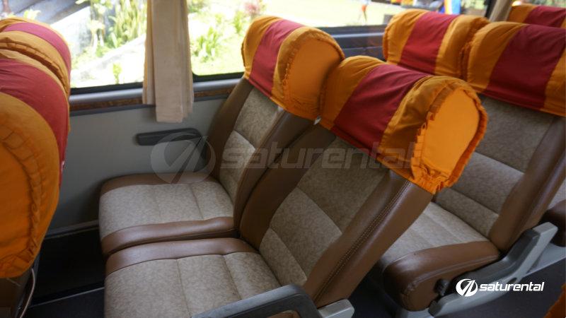 saturental-foto-bus-pariwisata-agraicon-seats-interior-dalam-2