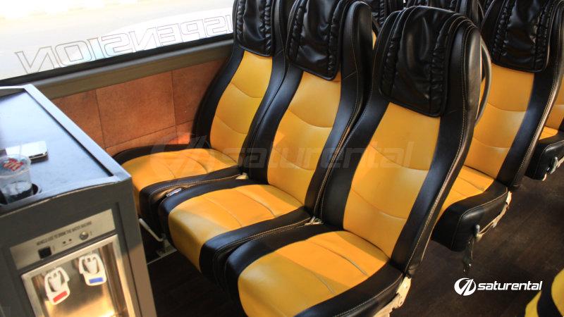 saturental - foto bus pariwisata beebuzz big bus intrior dalam 48 59 seats c