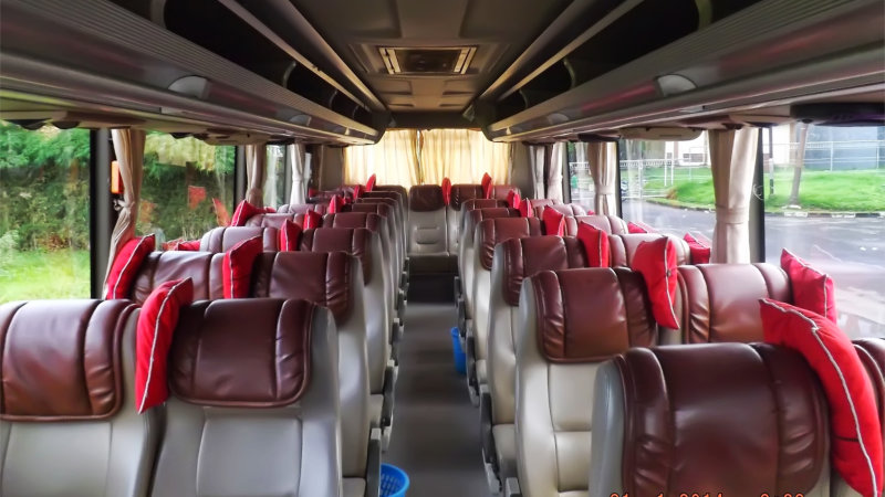 saturental - foto bus pariwisata semanta transport medium interior dalam 35 seats a