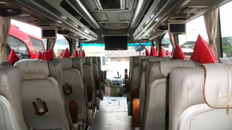 saturental - foto bus pariwisata semanta transport medium interior dalam 35 seats b