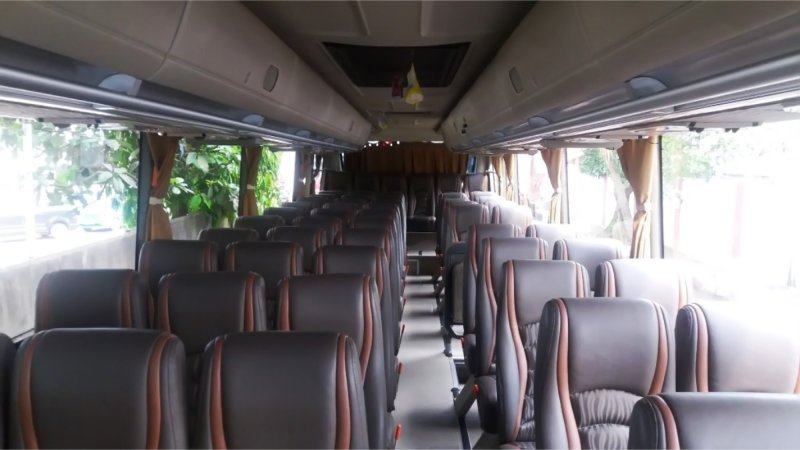 saturental - foto big bus pariwisata kerub interior dalam 43s 54s 56s 59 seats b