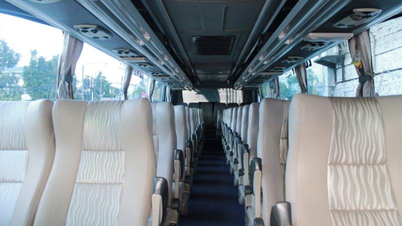 saturental - foto big bus pariwisata patriot shd hdd premium terbaru interior dalam 52 seat c