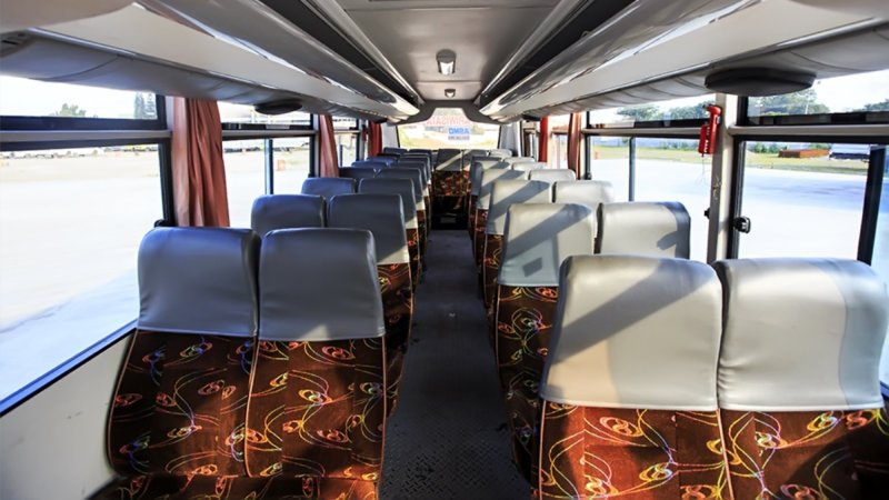 saturental - foto medium bus pariwisata starbus interior dalam 27s 31 seats a