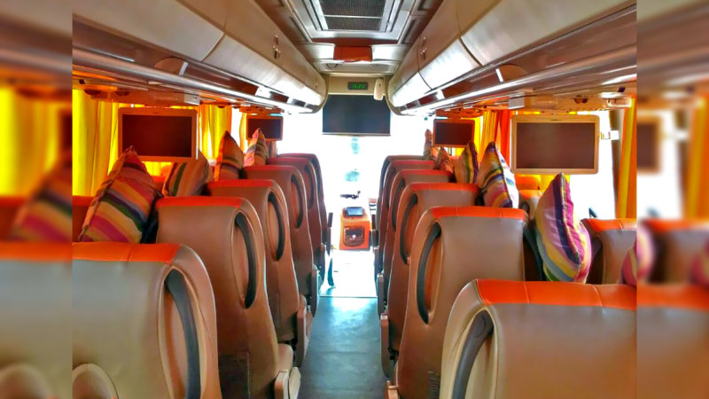 saturental - foto medium bus pariwisata william interior dalam 31 seats a
