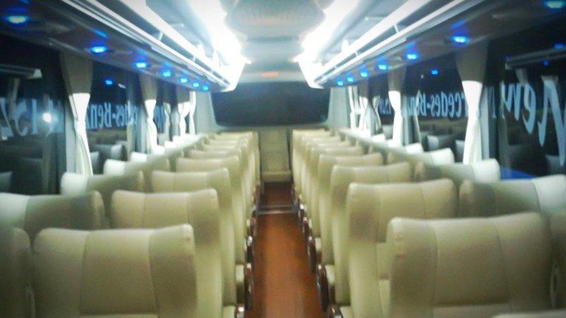 saturental - foto big bus pariwisata armada jaya perkasa interior dalam 48s 59 seats a