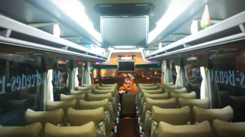 saturental - foto big bus pariwisata armada jaya perkasa interior dalam 48s 59 seats b