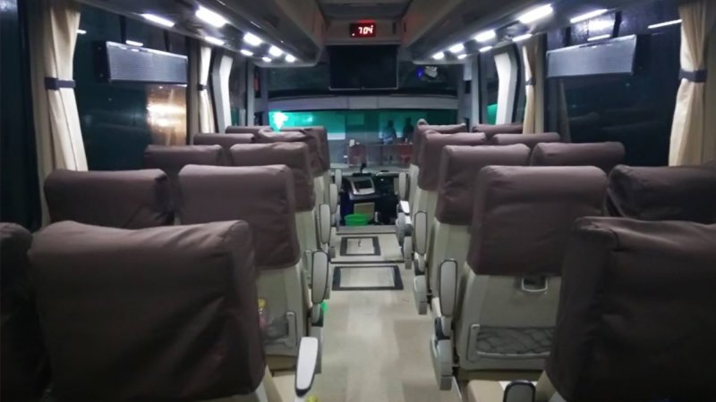 saturental - foto medium bus pariwisata bin ilyas interior dalam 29s 33s 40 seats b