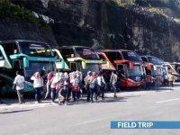 saturental - menyediakan bus pariwisata untuk field trip wisata perusahaan atau keluarga