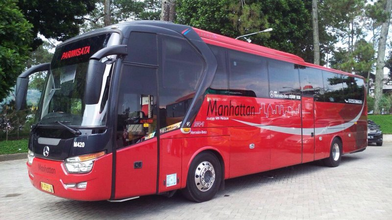 saturental - sewa bus pariwisata luxury manhattan a