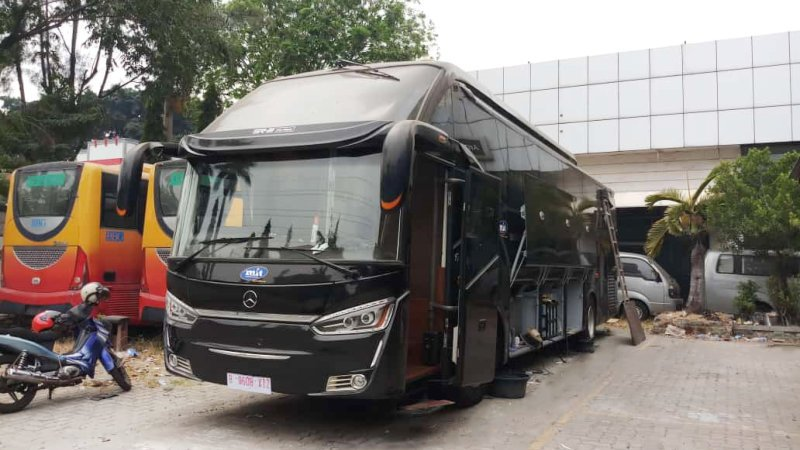 saturental - sewa bus pariwisata luxury multi inti transport mit a