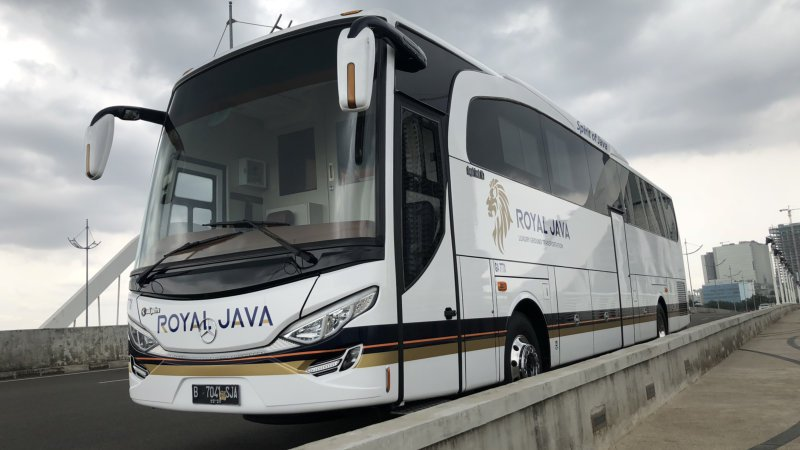 saturental - sewa bus pariwisata luxury royal java a