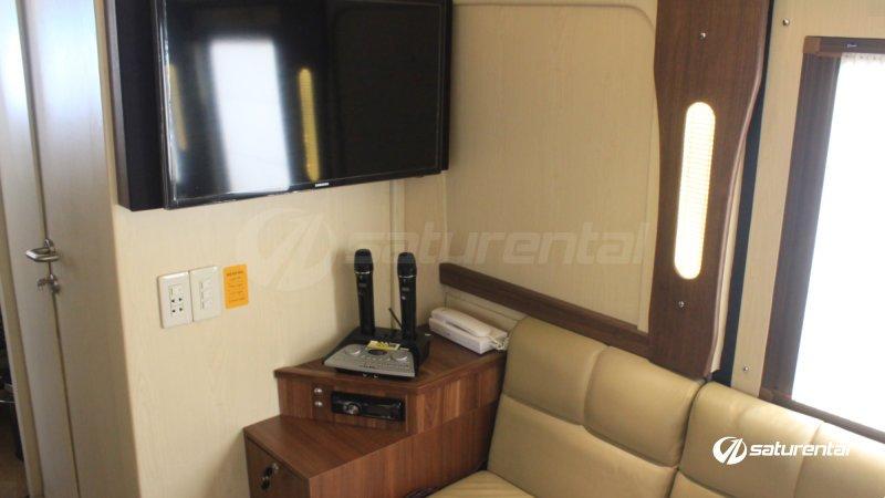 saturental - sewa bus pariwisata luxury weha one white horse interior 15 seats c