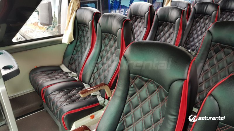 saturental - foto medium bus pariwisata white horse 35 seats b